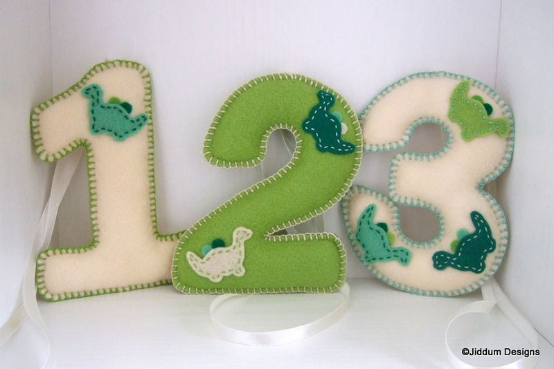 Green dinosaur felt number nursery decorations on luulla for Number 3 decorations